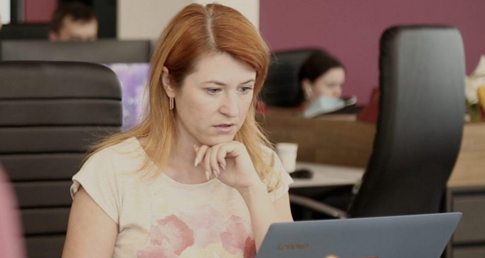 """VIDEO/ """"E o formă de cenzurare a jurnaliștilor"""". Mariana Rață, realizatoarea emisiunii """"Cutia Neagră"""" de la TV8, despre problema accesului la informație"""