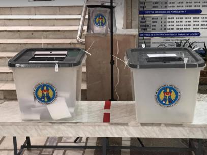 FOTO/ Prezența la vot la ora 18.30. Rata de votare comparativ cu scrutinele parlamentare anterioare