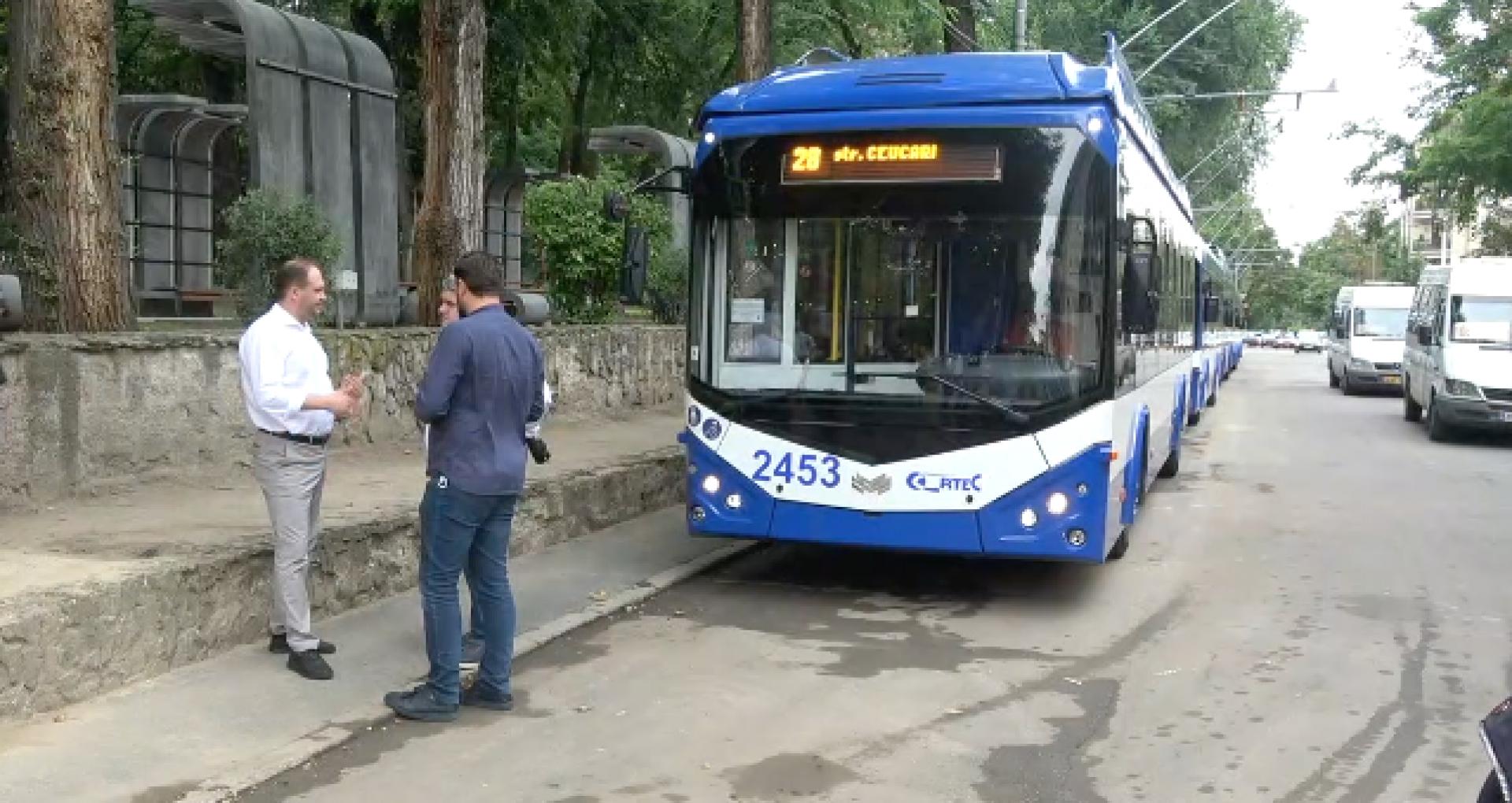 VIDEO/ În Capitală a fost lansată o nouă rută de troleibuz