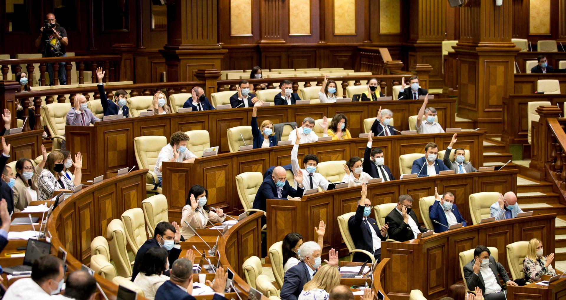 Parlamentul se întrunește mâine în ședință plenară. Va fi examinat inclusiv proiectul de hotărâre privind desemnarea membrilor CEC