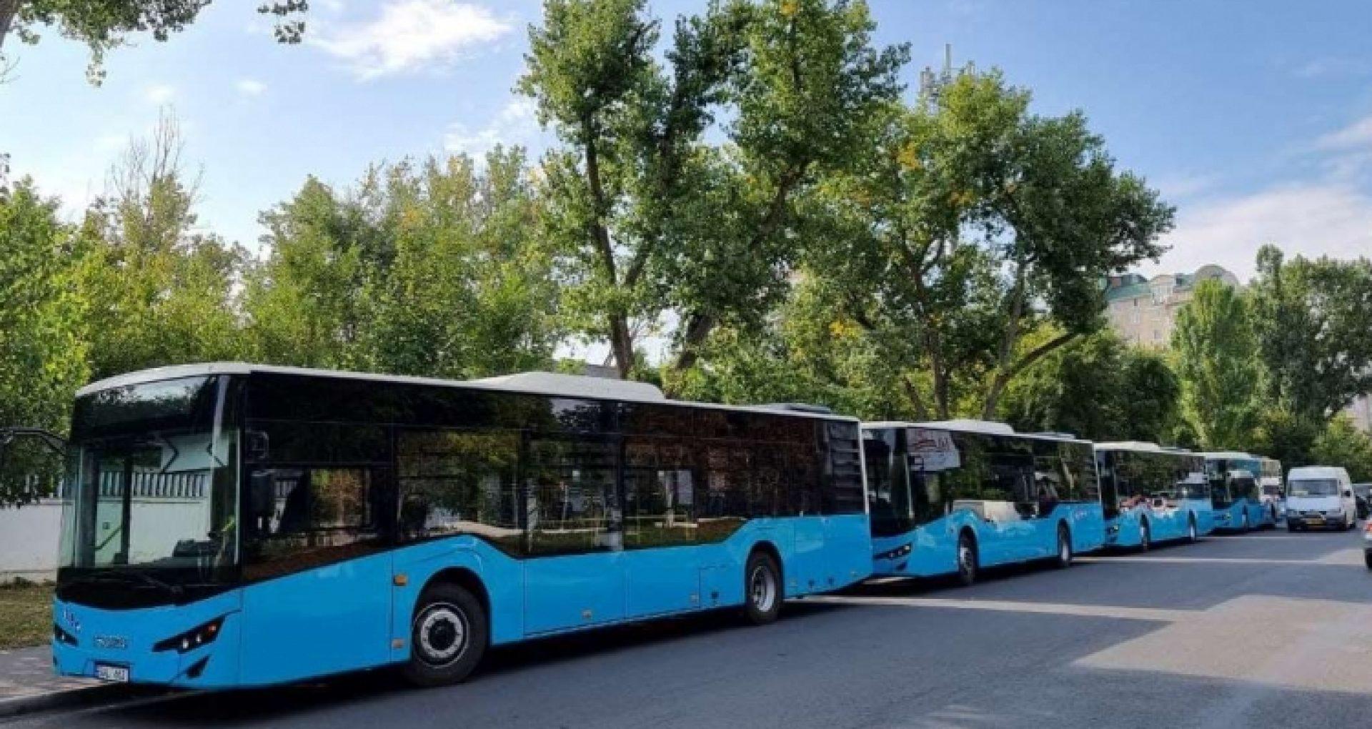 """Cinci autobuze noi pe ruta nr. 9 """"Piața D. Cantemir – or. Codru"""", care avea doar două unități"""