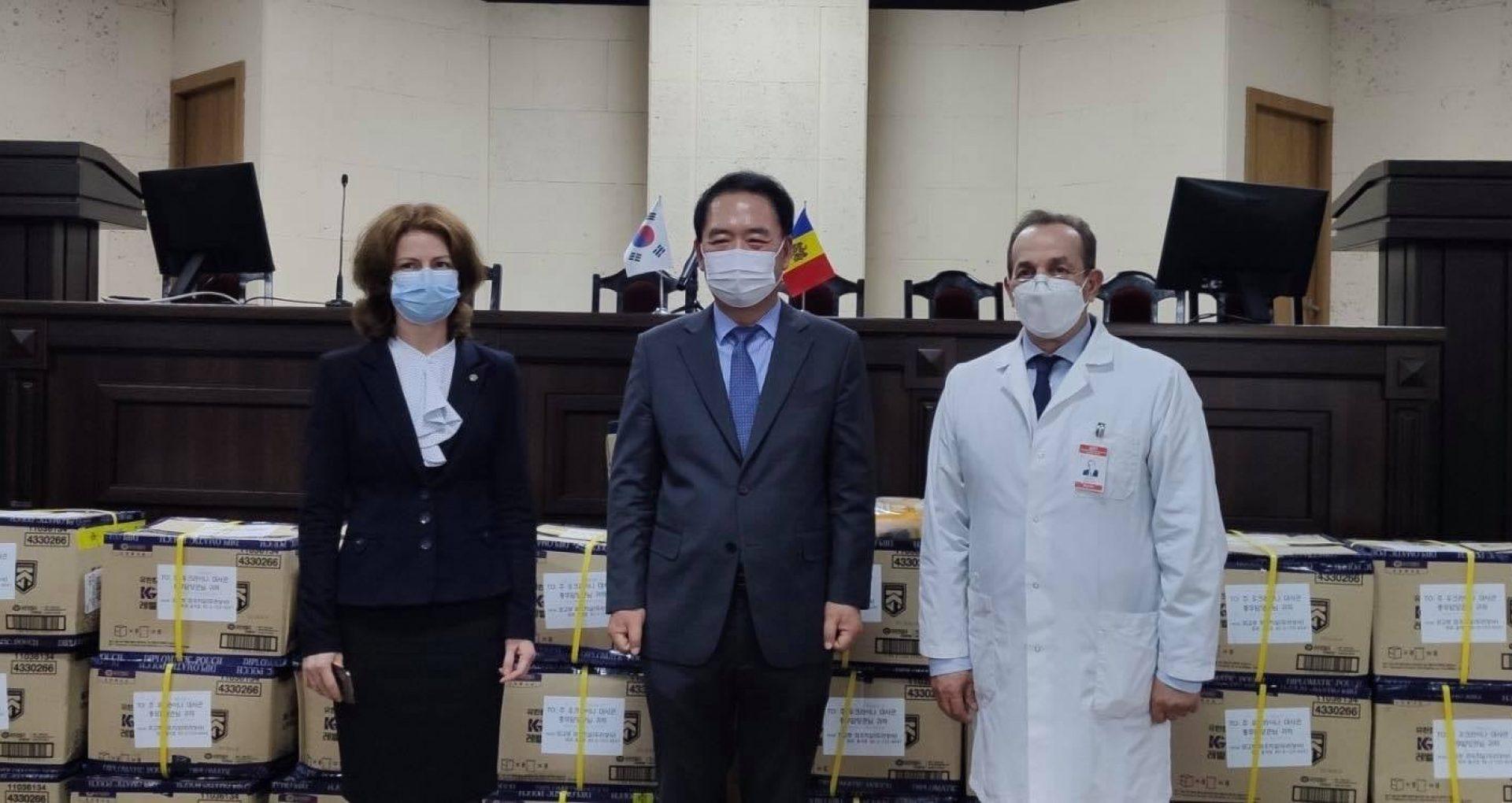 Republica Coreea a donat R. Moldova un lot de echipamente de protecție pentru lucrătorii medicali din prima linie