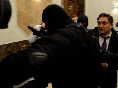 DOC/ Motivul pentru care avocații lui Stoianoglo au cerut strămutarea examinării demersului privind arestarea procurorului general suspendat de la Judecătoria Chișinău la o altă instanță egală în grad