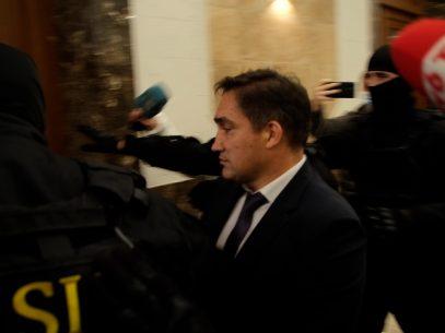 A fost respinsă cererea avocaților lui Stoianoglo privind recuzarea unui magistrat care examinează demersul acuzatorului cu privire la arestul procurorului general suspendat