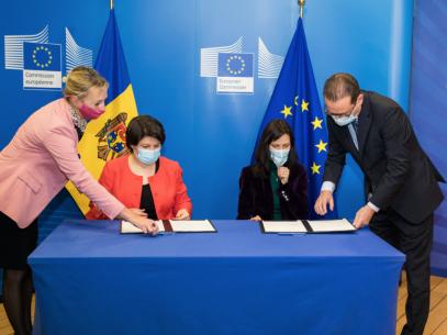 """R. Moldova a semnat Acordul privind participarea la Programul-cadru pentru cercetare și inovare al Uniunii Europene """"Orizont Europa"""""""