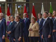 """Angela Merkel, aplaudată la ultimul summit european la care participă. Reuniunile """"fără Angela sunt ca Parisul fără Turnul Eiffel"""""""