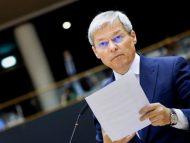România: Dacian Cioloș, așteptat azi în Parlament cu lista de miniștri și programul de guvernare